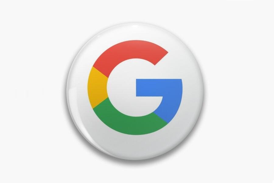 przypinka z logo - przykład